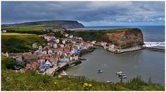 Pretty little village. (A tramp in the hills) Tags: coast northyorkshire cleveland clevelandway cliffs cowbar northsea cottages harbour specialtouch