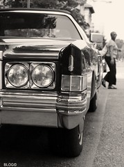 The American dream. (giuselogra) Tags: torino turin piemonte piedmont italy italia street streetphotographer streetphoto streetlife biancoenero blackandwhite vintage