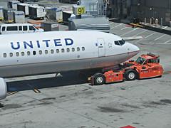 UA 737-924ER N68834 (kenjet) Tags: ua ual united unitedairlines boeing 739 737900er n68834 737924er sf sfo ksfo sanfranciscointernationalairport plane jet airliner airline flugzeug aviation airport terminal