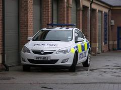 Vauxhall (KP11 AOJ) - Durham Constabulary (Ray's Photo Collection) Tags: police durham vauxhall kp11aoj constabulary