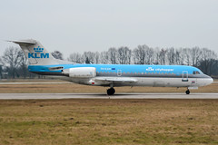 PH-KZM (PlanePixNase) Tags: hannover aircraft airport planespotting haj eddv langenhagen klm cityhopper fokker 70 f70