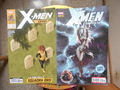 540 (en-ri) Tags: xmen tempesta ororo munroe nikon coolpix giallo blu fumetti marvel panini comics italia