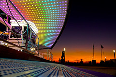 DSC06641 (ZANDVOORTfoto.nl) Tags: colors color kleuren sunset zonsondergang reuzenrad ferriswheel sunny aan zee zandvoort nederland kust zandvoortfoto zandvoortfotonl zandvoortphotocom edwin keur edwinkeur rainbow netherlands holland