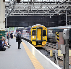 158701 (R~P~M) Tags: train railway scotrail abellio scotland uk unitedkingdom greatbritain dmu diesel multipleunit 158 edinburgh edinburghwaverley
