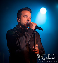 Luis Fonsi @ Afro-Latino Festival 2019. (www.afro-latino.be) Tags: 2019 luis fonsi luisfonsi latin pop afro afrolatino al ambiance atmosphere amusement afrolatinofestival zomer zon zot exotic edition editie energy eos tropical tent tents outdoor outside party people partypeople summer sfeer sun super dansen dance festival fun feest feestje gig gezellig gigs happy hot kids latino limburg live latina music muziek mainstage world warm weide concert cool crazy canon vibes bree belgium belgië belgie belgien bélgica belgique beerselerdijk sarah sarahstiers stiers