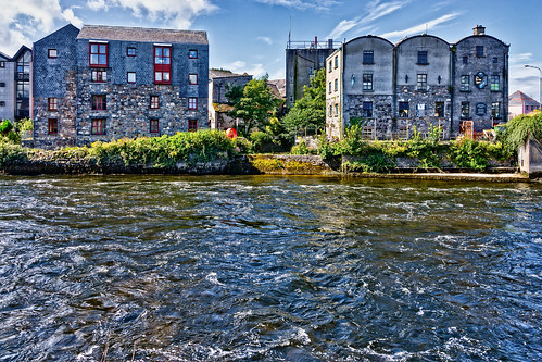THE RIVER CORRIB GALWAY [PHOTOGRAPHED AUGUST 2015 USING A SONY NEX-7]-154343