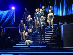 Company Bows at the end (Stephen Gardiner) Tags: toronto ontario 2019 hughjackman concert floorseats wolverine musical thegreatestshowman canon
