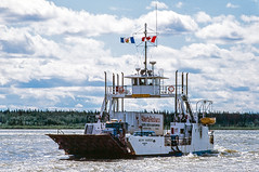 87-1188.jpg (John Poirier) Tags: ferry fortprovidence land transportation northwestterritories 1987 canada trucking mackenzieriver marine colour nwt color ferries