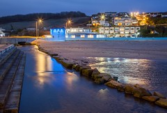 Porth River's Blue Hour (Julian Barker) Tags: porth river newquay cornwall kernow south west england great britain uk europe blue light reflections reflected waterway hour seashore seascape sea beach dark canon dslr 5d mkii julian barker