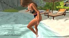 ah! was that a fish? (sryel90) Tags: elise hc hopes creations slink hourglass petit gaeg kylie va vista animations revoul argrace wind beach sunny fish bikini water