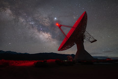 Transmitting (Mike Ver Sprill - Milky Way Mike) Tags: transmitting radio dish telescope spy listening for life milky way galaxy universe mike ver sprill michael versprill landscape california big pine desert night sky astrophotography astronomy nature starry stars red light amazing jupiter