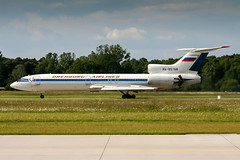 RA-85768 (PlanePixNase) Tags: hannover aircraft airport planespotting haj eddv langenhagen tupolev tu154 orenburg airlines