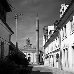 Eger minaret (Bernád Rozália) Tags: film analoque architectural bw blackandwhite yashicamat124g ilforddelta100pro ilfosol3 epsonv700 scan selfdeveloped spring eger hungary mediumformat minaret