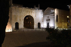 Nachtaufnahme (grasso.gino) Tags: italien italy italia fano marken nikon d7200 triumphbogen arch kirche church nacht night licht light beleuchtet illuminated