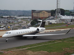 N650FX Gulfstream G650 (Flexjet LLC) (Aircaft @ Gloucestershire Airport By James) Tags: luton airport n650fx gulfstream g650 flexjet llc bizjet eggw james lloyds
