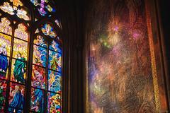 Stained Glass Art - St. Vitus Cathedral, Prague (Sebastian Bayer) Tags: bunt veitsdom lichtschein vitrine kontrast tschechien sehenswürdigkeit kirche glas mosaik gold bleiglasfenster bleiglas prag stadt glasmalerie dom spiegelung buntglasfenster fenster