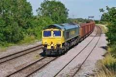 New Barnetby Ore (JohnGreyTurner) Tags: br rail uk railway train transport newbarnetby lincolnshire lincs 66 class66 shed fl freightliner iron ore carrier diesel engine locomotive