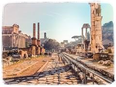 Roma - Come un tempo. (iw2ijz) Tags: journey trip viaggio mirrorless s7000 finepix archeologia antichità foriimperiali lazio italy italia rome roma