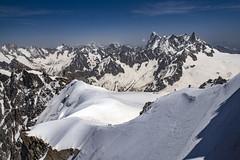 Climbing up to the famous Aiguille du Midi (Chamonix, France). Alpinisites sur Les Aiguille du Midi. (France)   No. 1287. (Izakigur) Tags: montblanc montblancmassif aiguilledumidi massifdumontblanc chamonix grandesjorasses alps alpes alpen alpi izakigur nikond810 paysagesdefrance