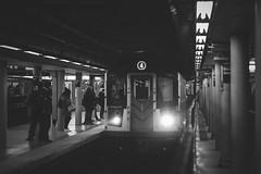 Bowling green station (Michael Erhardsson) Tags: new york usa resa 2018 blackandwhite svartvitt metro train