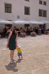 Jodie and Molly at the Gasthaus Burgschenke (timnutt) Tags: molly fun österreich austria city fujifilm osterreich x100 fortress people toddler x100t fuji bavaria child baby festung fort osterreichsalzburg
