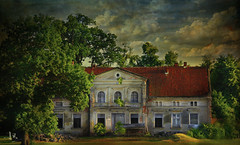 ~~~ lost 18th cent. manor house ~~~ (jmb_germany) Tags: herrenhaus manorhouse lostplace polen poland 18thcentury
