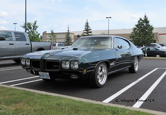 1970 Pontiac GTO (Gerald (Wayne) Prout (Will be off line for awhile)) Tags: 1970pontiacgto 1970 pontiac gto costco cityofsudbury northeasternontario northernontario ontario canada prout geraldwayneprout canon canonpowershotsx60hs powershot sx60 hs digital camera photographed photography vehicle musclecar vintage classic historical antique old car auto automobile gm generalmotors cityofgreatersudbury city sudbury greater northeastern northern sportscar