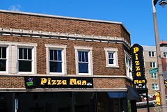 Pizza Man - Milwaukee, Wisconsin (Cragin Spring) Tags: wisconsin wi restaurant building pizza pizzaman urban city sign milwaukee milwaukeewi milwaukeewisconsin midwest unitedstates usa unitedstatesofamerica