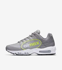 big-logo (snkrgensneakers) Tags: nike sneakers shoes snkrs sport jordan