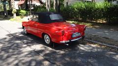 ab 1957 Cabriolet Skoda Felicia von AZNP in Mlada Boleslav in 12527 Berlin-Karolinenhof (Bergfels) Tags: technischesdenkmal bergfels madeinczechoslovakia berlin ab 1957 1950er 20jh maschine grosemaschine fahrzeug pkw strasenfahrzeug youngtimer cabriolet skodafelicia skoda felicia skoda450 aznp aznpmladaboleslav 12527 karolinenhof radstand wassergekühlt vierzylinder 4zylinder viertakt ottomotor leistung ps kw masse leermasse geschwindigkeit produktionszeitraum 19571964 polizeilicheskennzeichen bsg151h hkennzeichen beschriftet heckflosse