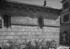 Monumentos Nacionais. Porto, Portugal (Biblioteca de Arte-Fundação Calouste Gulbenkian) Tags: fundaçãocaloustegulbenkian gulbenkian bibliotecadearte biblioteca arte márionovais mário novais monumentosnacionais monumentos nacionais mosteirodeáguassantas mosteiro águassantas maia porto portugal