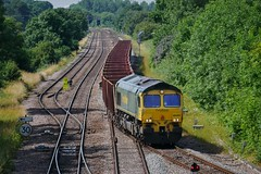 Turning Off (JohnGreyTurner) Tags: br rail uk railway train transport brocklesby lincolnshire lincs diesel engine locomotive freight goods 66 class66 shed fl freightliner ironore
