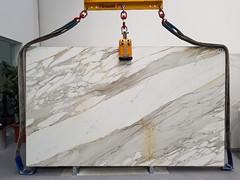 Calacatta-Borghini-Marble-Polished-slabs (AcemarStone) Tags: calacatta gold oro marble white polished honed slabs tiles bathroom kitchen worktop countertop italy italian borghini bettogli