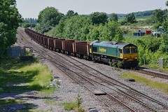 Ore Move (JohnGreyTurner) Tags: br rail uk railway train transport brocklesby lincolnshire lincs diesel engine locomotive freight goods 66 class66 shed fl freightliner ironore