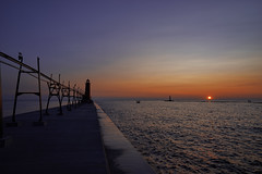 Grand Haven sunset (EricMakPhotography) Tags: grand haven michigan sunset lake lighthouse