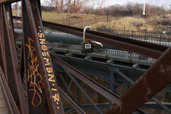Snoeman (NJphotograffer) Tags: graffiti graff new jersey nj snoe snoeman sticker lock