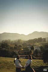 Marci & Júnior-25 (fotosdagreice) Tags: gaúcho gaudério tradicionalista tradicionalismo rio grande do sul rs brasil interior chapéu cavalo campo campana casal amor homem mulher noivos casados ensaio externo sol