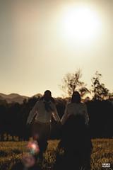 Marci & Júnior-31 (fotosdagreice) Tags: gaúcho gaudério tradicionalista tradicionalismo rio grande do sul rs brasil interior chapéu cavalo campo campana casal amor homem mulher noivos casados ensaio externo sol