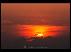 Sunset (iLaura_) Tags: sunset sun sky clouds mountains tramonto sole montagne nuvole