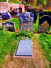 Anne Brontë's Grave, Scarborough, North Yorkshire, UK (photphobia) Tags: scarborough seasidetown northridingofyorkshire coast yorkshire england uk europe oldtown oldwivestale outside outdoor buildings street streetphotos annebrontësgrave annebrontë