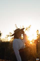 Marci & Júnior-151 (fotosdagreice) Tags: gaúcho gaudério tradicionalista tradicionalismo rio grande do sul rs brasil interior chapéu cavalo campo campana casal amor homem mulher noivos casados ensaio externo sol