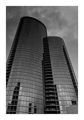 Two towers (Jean-Louis DUMAS) Tags: city cityscape architecture architect architecte architectural architecturale bâtiment building reflecting chicago sony art batiment twop tower award monochrome noir blanc black white bn bnw nb ngc noiretblanc bw photos maniac noireblanc illinois tour