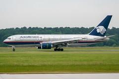 XA-TOJ (PlanePixNase) Tags: hannover aircraft airport planespotting haj eddv langenhagen aeromexico boeing 767 767200 b762 wm2006