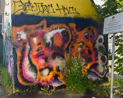 HUR July 2019 (svennevenn) Tags: hur eirikfalckner graffiti bergengraffiti gatekunst streetart nøstet