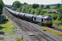 Silver Arrow (JohnGreyTurner) Tags: br rail uk railway train transport diesel engine locomotive brocklesby lincolnshire lincs freight goods db dbc dbs ews 60 class60 tug empty tanks