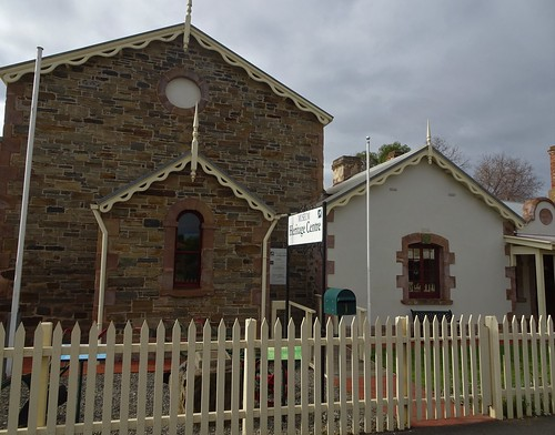 Strathalbyn. The National Trust  Heritage Museum was the Court House built in 1865. Beyond it is part of the old police station built in 1855.