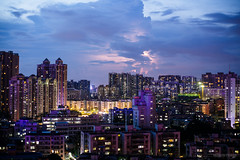 雷の光 Light of lightning (kevinho86) Tags: eos5diii canon colour canton city cityscapes citylights citylife cloudy citynights 都會 urban longexposures lightshadow night nightscape 50mm