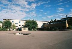 Bergholmsskolan, innergården