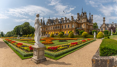 Waddesdon Manor and Gardens, Buckinghamshire (Dave Wood Liverpool Images) Tags: england architecture buckinghamshire waddesdon aylesbury listedbuilding