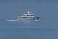 Expedition motor yacht C in Öresund (frankmh) Tags: motoryacht expeditionmotoryacht c öresund